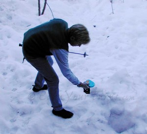 The author performing a grid search very near the burial location.