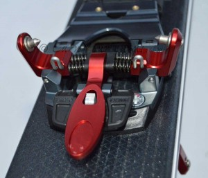 Meidjo's low-tech toe has alignment bumpers and stands 2mm higher than other tech pins with true lock out for touring.